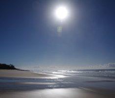 2010 06 27 0905  Trina - Fraser Beach Moon  IMGP0352